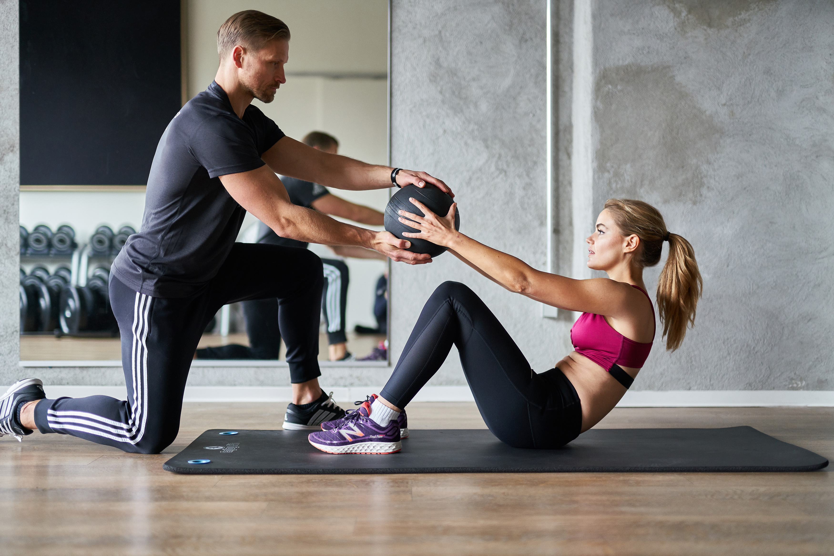 PERSONAL TRAINING AND GROUP FITNESS STUDIO
